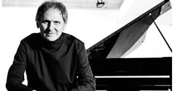 Poniedziałek Jazz Fana: Artur Dutkiewicz Trio